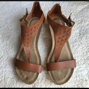 Reaction KENNETH COLE Brown Wedge Sandal Sz.8.5